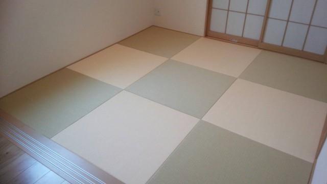 銀白色×薄桜色